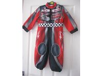 DISNEY STORE LIGHTENING MCQUEEN OUTFIT AGE 2-3