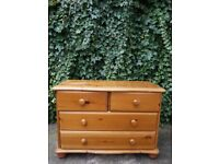 Vintage Solid Pine Chest of Drawers (2 large and 2 small drawers)