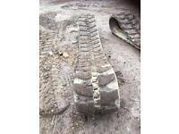 Takeuchi 280 rubber tracks excavator