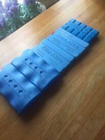Reusable ice block packs