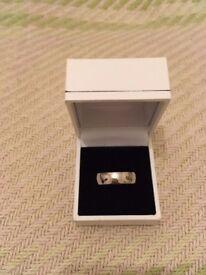 Mens Paladium Wedding Band 6mm pollished finish new with box.
