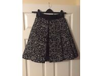 5 x skirts size 6 / 8 petite from Gap etc..... very clean sold together