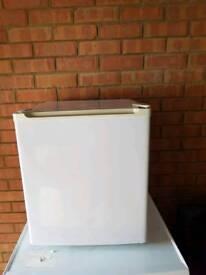 Argos tabletop freezer