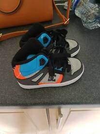 Boys dc hightops trainers