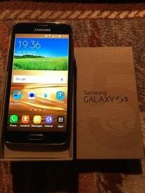 Samsung Galaxy S5, O2, Giffgaff, gold colour, excellent condition.