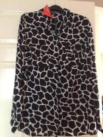 Ladies south blouse brand new size 16