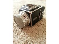 Hasselblad 500c with 80 mm lens and back good condition