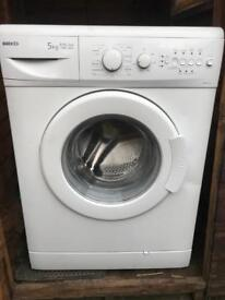 Washing Machine - Beko WM5120 W