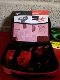 Battery impact driver