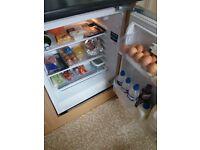 integral fridge excellent cond
