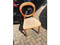 Balloon back dining chair