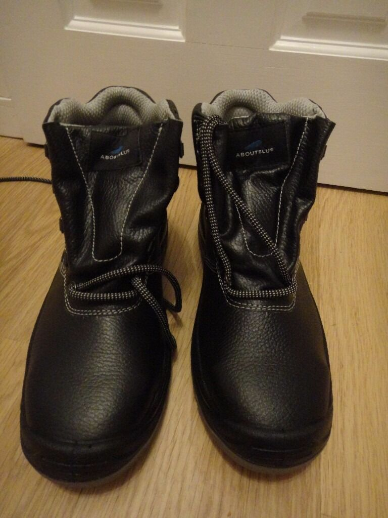 48f4cbe2282 Steel toe cap safety work boots sizes 8 , 9 and 11 all new £30 a pair | in  Aberdeen | Gumtree