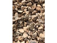 20mm cotters gold garden/driveway chips