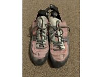 Women's Boreal Lunas Size 6 climbing shoes
