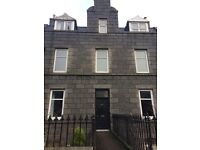 2 DOUBLE BEDROOM FLAT ON KING STREET FULLY FURNISHED