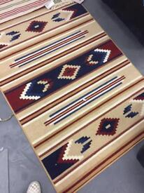 LIKE NEW - Beautiful rug