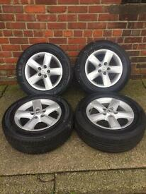 Nissan tyres