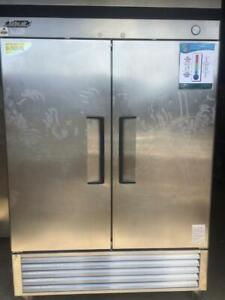 Used Commercial Stainless Steel 2 Door Reach-In Turbo Air Cooler - TSR-49D