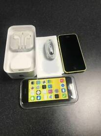 APPLE IPHONE 5C 16GB YELLOW UNLOCKED BOXED WITH CHARGER AND EARPHONES