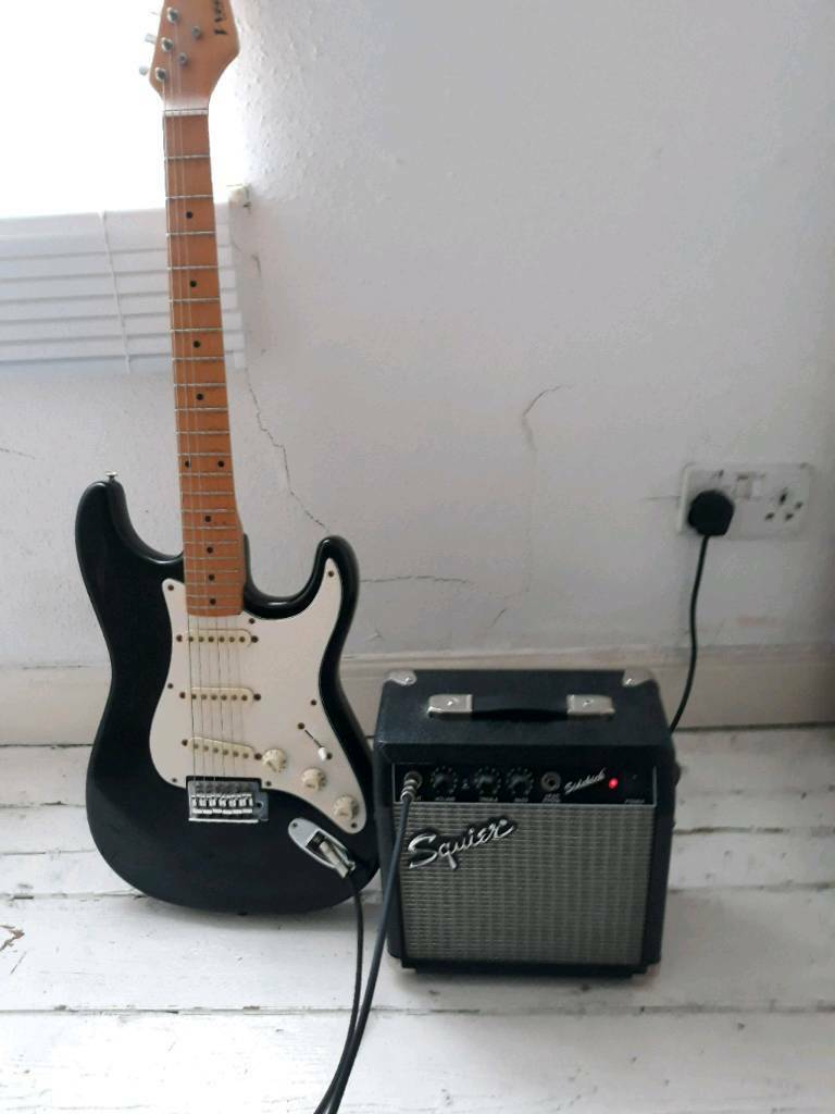Fender Stratocaster copy with amp