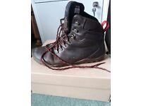 Ladies Vivobarefoot Walking Boots Size 7 RRP £180