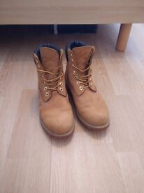 6 inch Men's Timberland Boots -size 9- wheat color