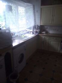 SINGLE ROOM 495 PM IN ROEHAMPTON AVAILABLE NOW !!!