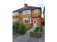 Close To Hounslow West Station! 3 Bedroom Large Spacious House In Heston!