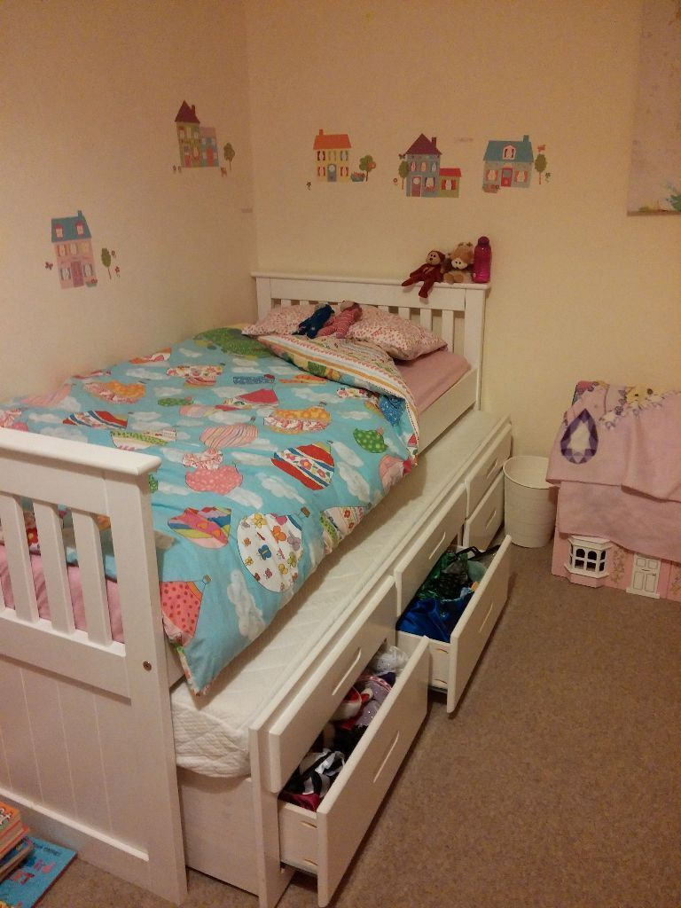 Single bed with guest bed underneath - Single Bed With Guest Bed And Drawers Underneath