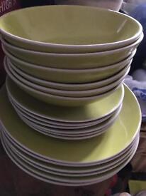 24 piece Green Dinner Set