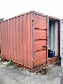 SHIPPING CONTAINER TO LET