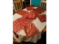 Table cloth, table runner and napkins