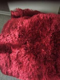 4 red cushion covers like new