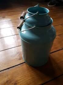 Two bucket ornament vase