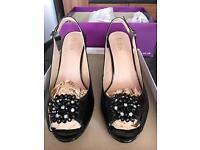 Lotus black dressy shoes