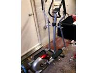 Cross trainer with bpm monitor