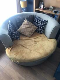 Love chair with moon shape foot rest puffe