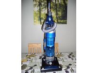 HOOVER BLAZE PETS TH71 BL02001 BAGLESS UPRIGHT VACUUM CLEANER