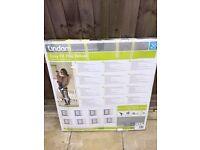 Brand NEW Lindam Easy Fit plus deluxe for Sale