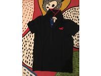 Hollister T-shirt Small