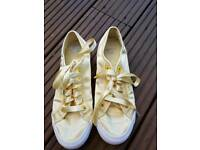 Le coq Sportif women Satin yellow trainers size 5