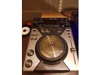 Pioneer CDJ-400 dj deck (watch youtube video for demo)