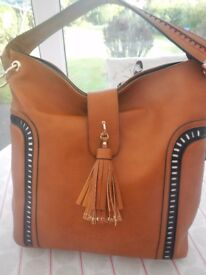 LYDC BROWN/TAN SLOUCH BAG WITH BLACK & WHITE TRIM BRAND NEW WITH TAGS