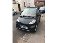 Excellent condition smartfortwo black convertible semi auto red interior