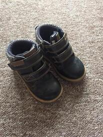 Free boys ankle boots