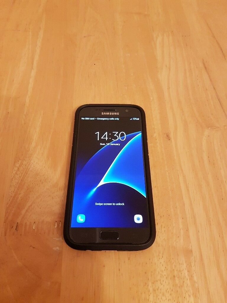 Samsung Galaxy S7 Black Unlocked 32GB of Storage in Great Condition with Case