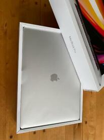 Apple MacBook Pro 16' latest model RRP £2399