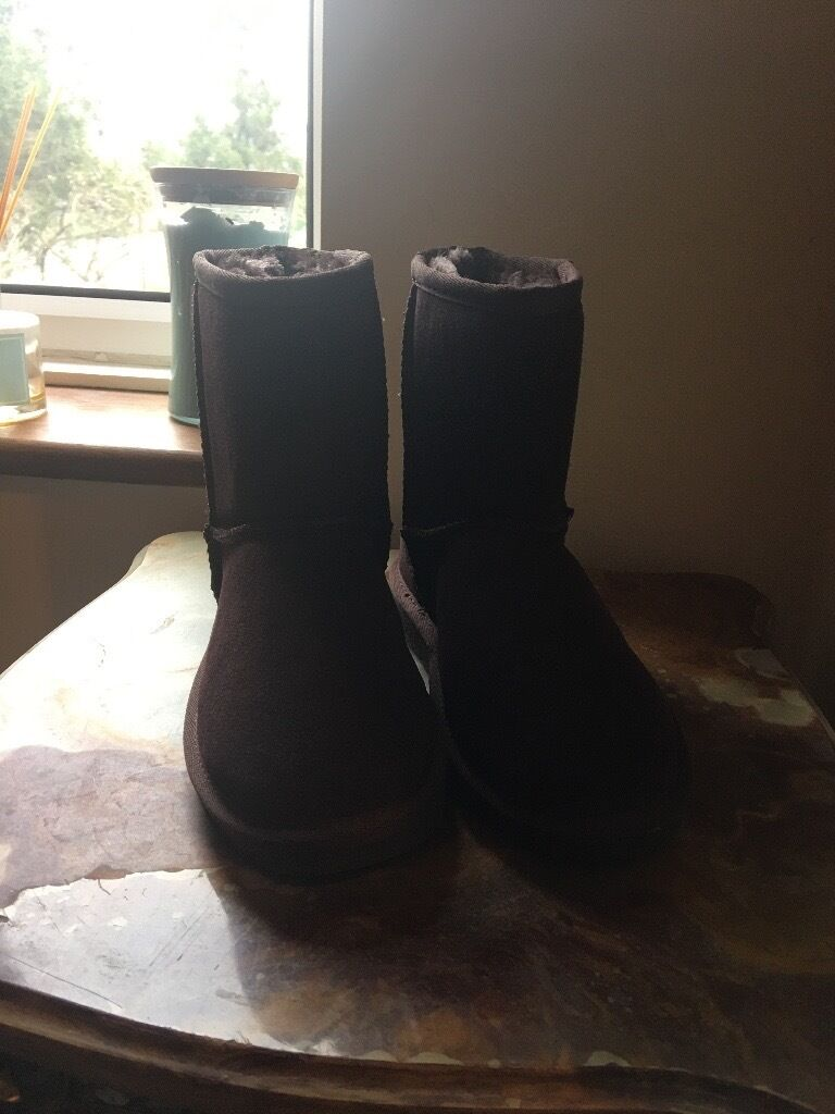 Ugg boots new size 35 uk 2
