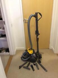 dyson DCT2 for parts or repair only £20