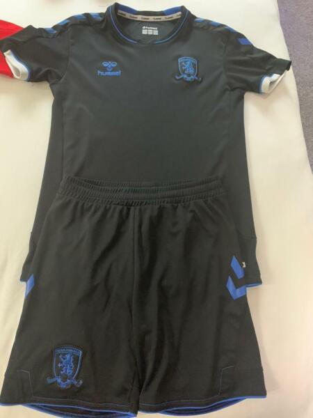 middlesbrough football kit fits age 9-10 for sale  Stockton-on-Tees, County Durham